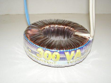 Трансформатор освещения 220-12В